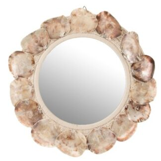 spiegel met schelpen